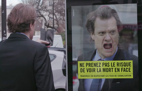 Virtual billboard: Red light crossing campaign Paris